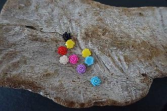 Galantéria - Plastové kvetinky (5mm) - 10740349_