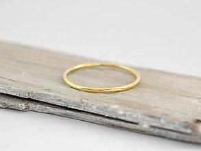 Prstene - 585/1000 zlatý prsteň - 10743277_