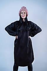 Šaty - Šaty dlhé Volume (Čierna) - 10742397_