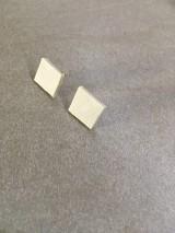 Náušnice - Náušnice kocka z recyklovanej koženky - 10742636_