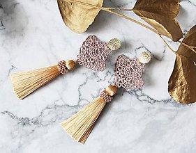 Náušnice - Náušnice so strapcom a čipkou. Rosegold - 10746316_