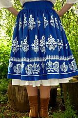 Sukne - Suknica Biely folklór na modrej - 10747431_
