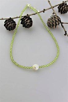 Náhrdelníky - olivín náhrdelník - strieborné zapínanie - 10745880_