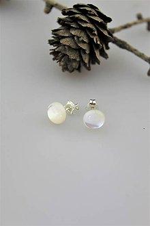 Náušnice - náušnice perleť napichovacie v striebre - 10748624_
