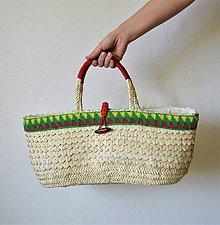 Kabelky - Košíková kabelka so vzorovaným háčkovaným lemom a novou technikou pletenia palmových listov - 10748616_