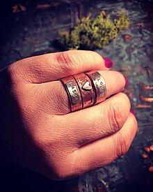 Prstene - Láska ma mnoho podôb III. - 10745684_