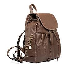 Batohy - Luxusný kožený ruksak z pravej hovädzej kože v hnedej farbe - 10744985_