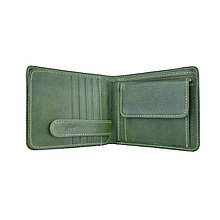 Tašky - Peňaženka z prírodnej kože v zelenej farbe, ručne tamponovaná - 10746355_