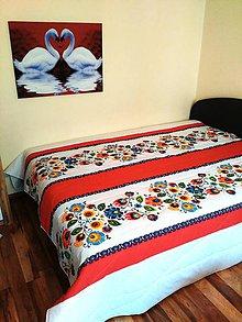 Úžitkový textil - Folklórny prehoz na posteľ - 10748344_
