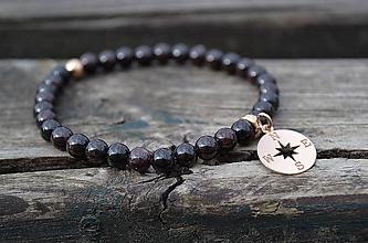 Náramky - Granát náramok s kompasom z pozláteného striebra - 10745962_