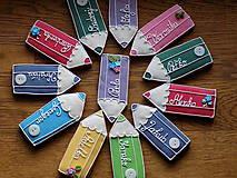 Dekorácie - veselé pastelky pre detičky a pani učiteľky (veľkosť 10 cm) - 10746980_