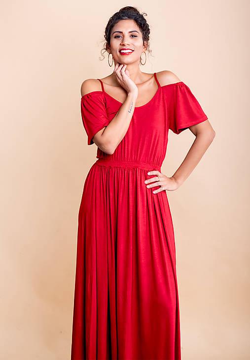 Šaty - dlhé šaty s odhalenými ramenami - 10748266_
