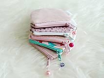 Peňaženky - Peňaženka - dievčatko s ružami - 10748199_