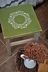 """Nábytok - Drevený stolík zo série """"Zelený venček"""" - 10747828_"""