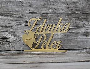 Dekorácie - zlaté menovky na svadobný stôl - 10749184_