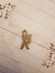 Pierka - vintage pierko z jutoviny s listom a  dreveným srdiečkom - 10749441_