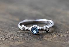 Prstene - ZÁKAZKA Vetvičkový s topásom v bielom zlatě - 10751610_