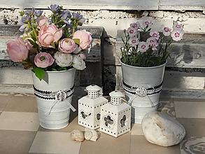 Dekorácie - Romantická váza s krajkou - 10751078_