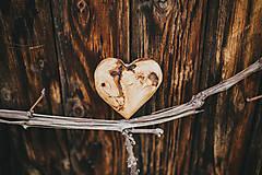 Dekorácie - Drevené srdiečko (rôzne dreviny) - 10749554_