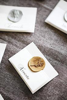 Papiernictvo - Svadobné menovky Pečať (Zlatá) - 10753965_
