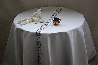 Úžitkový textil - Obrus. Biely ľanový obrus s čipkou. Poklad z babičkinej truhlice II. - 10754237_
