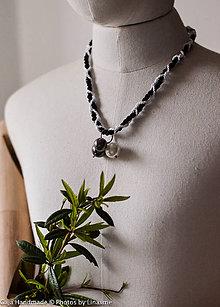Náhrdelníky - čiernobielý náhrdelník - 10752509_