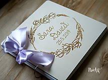 Papiernictvo - Svadobná kniha hostí, drevený fotoalbum - venček9 - 10755380_