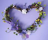 Dekorácie - Veniec v tvare srdca