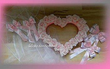Dekorácie - Výzdoba svadobného auta - srdce + šerpa - 10758136_