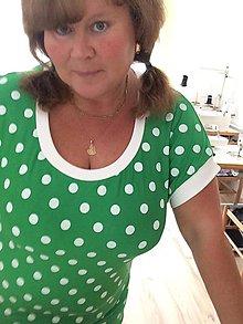 Šaty - Tričko-šaty s puntíkem 52 - 10756708_