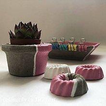 Dekorácie - Kvetináč z kolekcie pre dievčatko - 10755141_