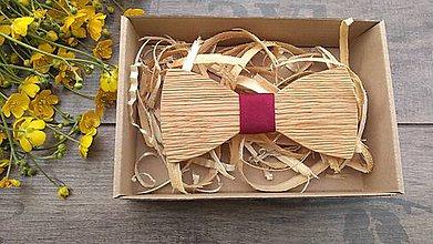 Doplnky - Pánsky drevený motýlik - 10760928_