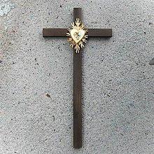 Dekorácie - Veľký drevený kríž s Krištáľovým Srdcom - 10759044_