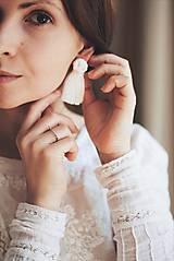 Náušnice - Macramé náušnice (prírodná biela) - 10759500_