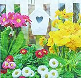 Nezaradené - S467 - Servítky - jar, záhrada, kvety, primulky, búdka - 10761173_