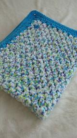 Textil - Hačkovaná detská deka - modrý melír - 10761521_