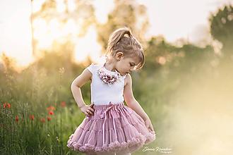Náhrdelníky - Romantický kvetinový náhrdelník pre najmenšie slečny - družičky - 10762887_
