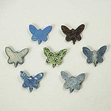 Odznaky/Brošne - Keramická brošňa motýľ 1 - 10764145_