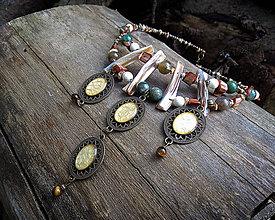 Náhrdelníky - Hnedý boho náhrdelník - 10765846_