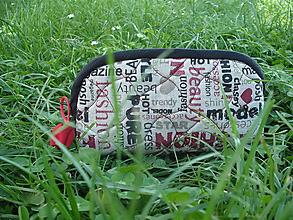 Taštičky - taštička s nápismi - 10763074_