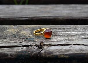 Prstene - Pozlátený strieborný prsteň Hessonit - 10763081_