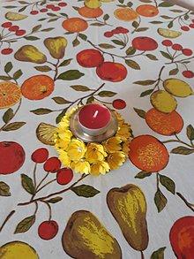 Svietidlá a sviečky - svietnik s kvietkami - 10763716_