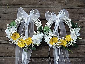 Dekorácie - Svadobný venček na dvere - 10768317_