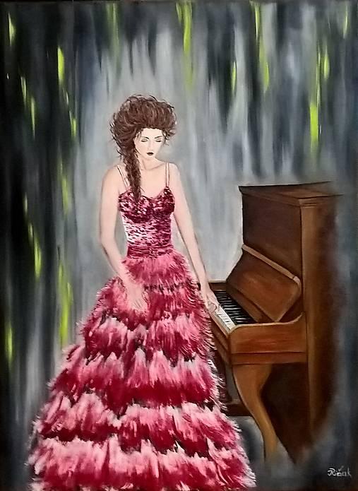 Žena pri klavíri