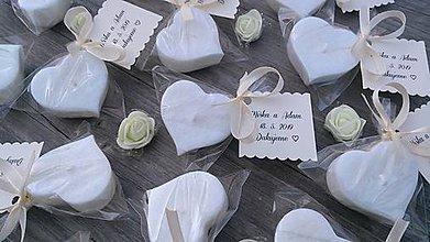 Darčeky pre svadobčanov - Svadobná plávajúca sviečka .:jazmínové srdiečko:. - 10768202_
