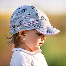 Detské čiapky - Letná šiltovka pierko - 10768859_