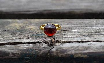 Prstene - Pozlátený prsteň zo striebra granát Hessonit - 10771899_