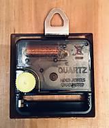 Hodiny - Drevené nástenné hodiny - 10772808_