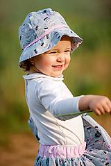 Detské čiapky - Letný klobúčik Pierko - 10769268_
