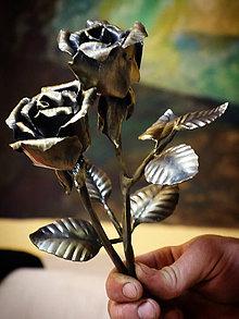 Dekorácie - Kovaná ruža s mosadzným nádychom - 10769711_